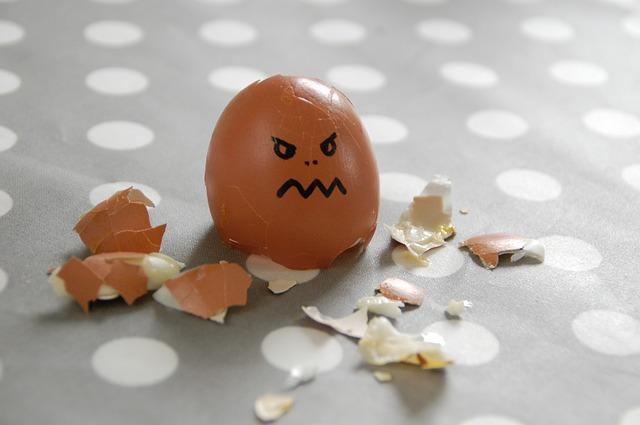 rozbiré vajíčko