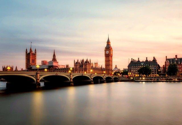 řeka v Londýně.jpg