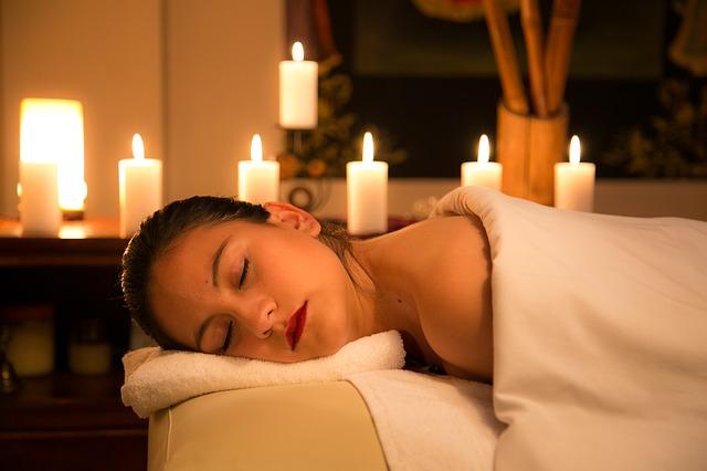 odpočinek při svíčkách